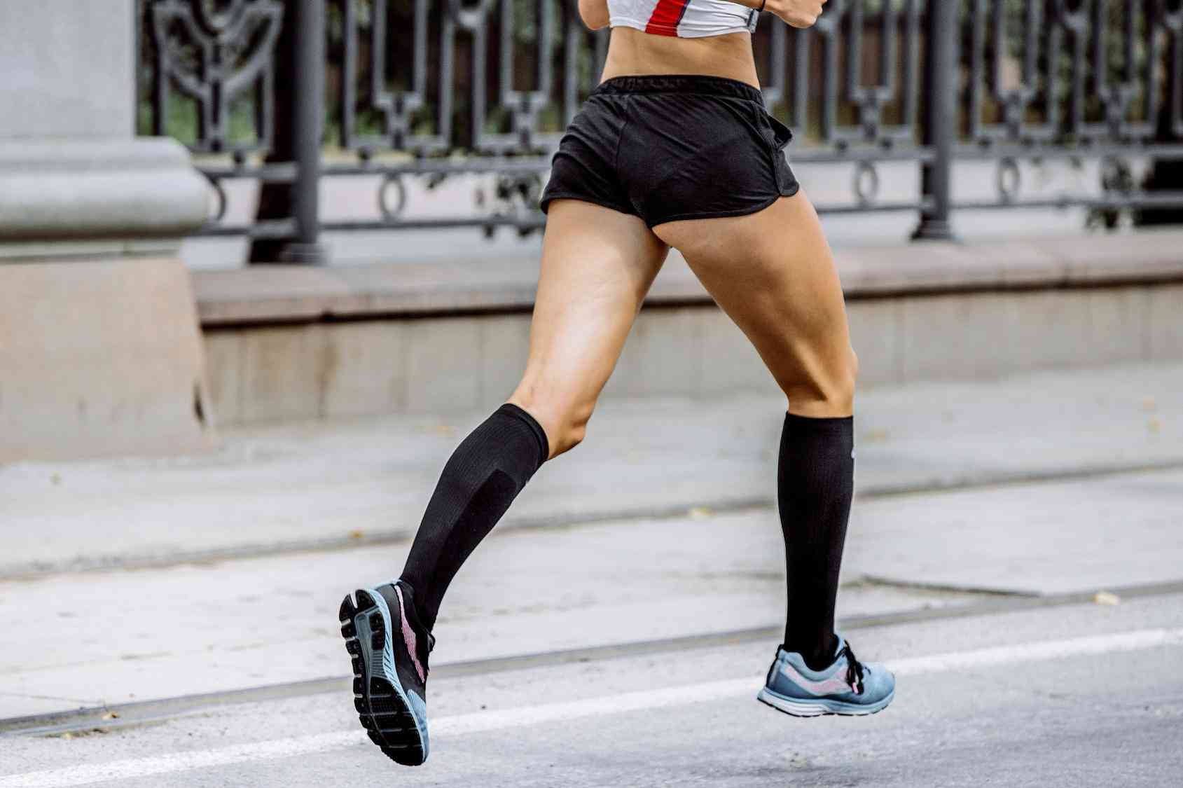 Skarpety do biegania – integralna część stroju sportowca